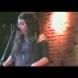 Ще я познаете ли? Тази неугледна певица по баровете само за 10 години стана богиня на музикалната сцена: