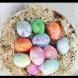 Яйцата, боядисани с белтък, греят в нежни пастелни цветове - ето колко лесно се правят: