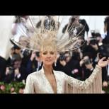 Селин Дион без капка срам - лъсна в скандална разголена рокля и гледката втрещи всички. Какво мислите? (Снимки 18+)