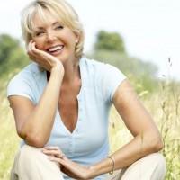 Модни тенденции в панталоните за жени над 40 години