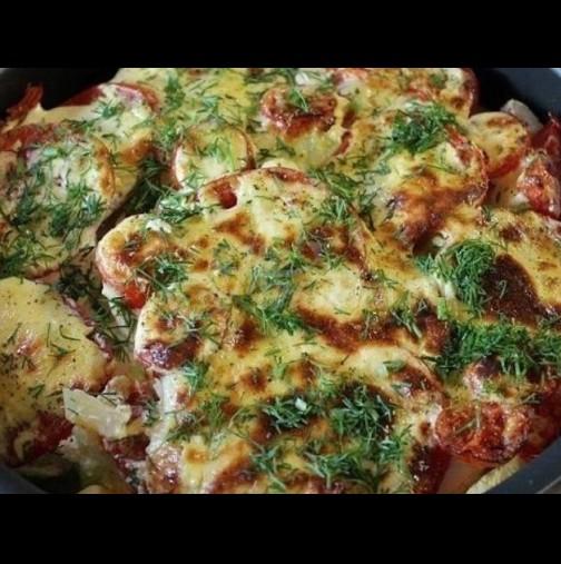 2 тиквички, 3 домата, 3 картофа - първо редиш, после заливаш. Става чудна вкусотия за 20 минути: