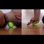 Болки в шията, схванат гръб, бодежи в коленете? Имате нужда само от 1 топка за тенис и 7 простички упражнения против болката:
