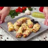 Рецептата-трепач на сезона - сарми от тиквички с бекон и кашкавалче. Традиционните бледнеят пред тази вкусотия: