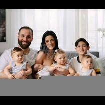 Жена стана 4 пъти майка за година