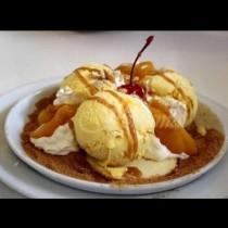 Трябват ви 3 продукта и точно 7 минути за най-вкусния домашен сладолед с вкус на чийзкейк:
