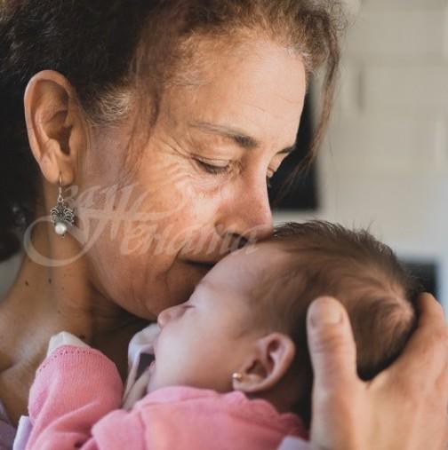 Ето защо бабата е толкова важна фигура в живота на детето