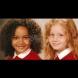Когато се родиха, никой не повярва, че са близначки. Ето как изглеждат момичетата 20 години по-късно (Снимки):