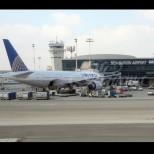 Извънредно положение с български самолет-Повече от 100 линейки чакат