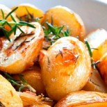Картофките на Джейми Оливър с розмарин за 30 минути- истински шедьовър за летните вечери