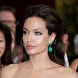 Крушката си има опашка: ето от кого Анджелина е наследила ангелската си хубост (Снимки):