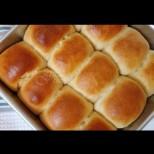 Тутманик 3:1 - чаша мляко, чаша брашно, чаша сирене. Бъркаш, печеш и въздишаш от удоволствие: