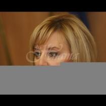 Мая Манолова взе категорично решение