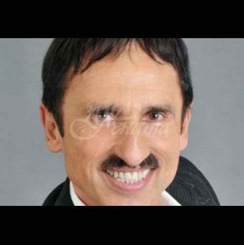 Бай Милко реши да смени легендарния мустак. Какво ще кажете? (Снимка):