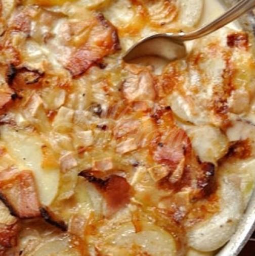 Картофи ала карбонара- като от гурме ресторант само за 30 минутки вкъщи, а вкуса трае вечно