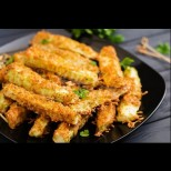 Хрупкави тиквени пръчици за тънка талия - на вкус като чипс, но почти без калории. Можеш да си изхрупаш цяла тава: