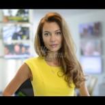 Никол Станкулова със свежа промяна във визията - вижте колко ѝ отива новата лятна прическа (Снимки):