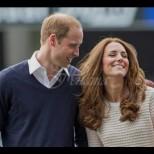 Ето прословутата гола рокля, която накара Уилям да се влюби в Кейт (Снимки):