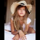 Най-красивото момиче в света вече е на 18 - по-хубава от всякога: