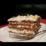 Бисквитена торта без печене с кисело мляко- класика в жанра, неповторим вкус, прилягащ дори на най- големия каприз