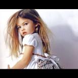 Най-красивото момиченце в света порасна - ето я на 18, по-гореща от всякога (Снимки):