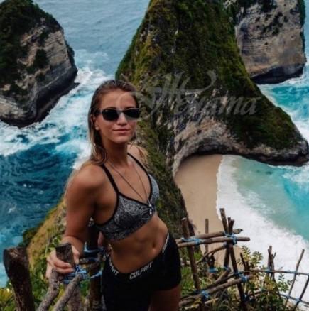 Тя е само на 21, а вече е обиколила всички страни по света - Лекси, която превъртя картата на света: