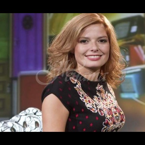 Алекс Сърчаджиева сменя амплоато - ето къде започва работа актрисата от есента: