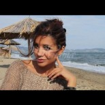 Кали шашна всички с дръзките си плажни снимки (Снимки):