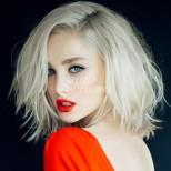 Само за блондинки: 5-те цвята, които те карат да грейнеш и правят русото да изпъкне стократно