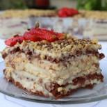 Най-вкусната и лесна бисквитена тортичка: 2 пак.бисквити, 1 литър мляко - няма какво да ѝ объркаш!