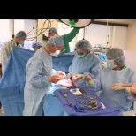 Чудо: Спасиха бременна родилка със спукан апендикс и близнаците ѝ в столична болница:
