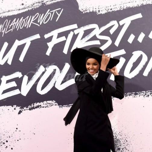 Ето и първата манекенка в света с хиджаб, всички останаха изумени от нея (снимки)