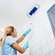 Как да измиете лесно петната по тавана