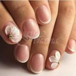 21 вълшебни и ефирно красиви идеи за френски маникюр на къси нокти - нежни като въздишка, подходящи за всеки ден (Снимки):