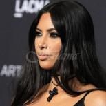 Ким Кардашиян за първи път се осмели да се покаже без капка грим и с поражения от псориазис