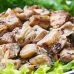 Патладжан пържен с яйце, домашното ястие, което ще ви промени цялостно мнението за този зеленчук
