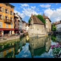 Малки и красиви европейски градчета, които непременно да посетите (Снимки):