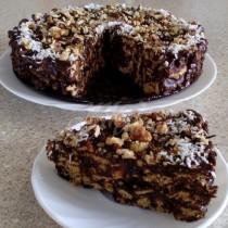 Шоколадова торта Кълдъръмче - само 4 продукта за истинска бисквитена фантазия. Нищо не печеш, само бъркаш и готово: