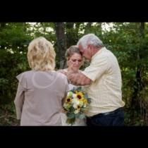 Вместо пред олтара, тази булка трябваше да отиде в сватбената си рокля на гробищата