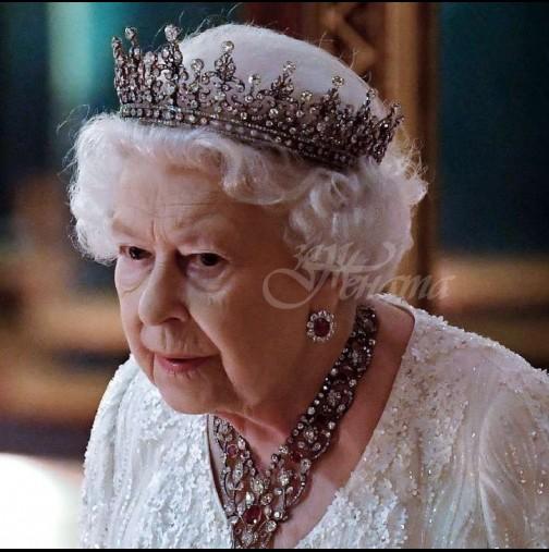 Прислужници в Бъкингамския дворец-За нищо на света не споменавайте пред кралицата имената на Меган и Хари