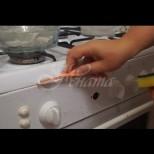 Копчетата на печката блестят от чистота-2 минути и сте готови!