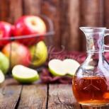 Наша читателка пита, какво ще ѝ се случи, ако пие както са ѝ препоръчали по 1 лъжица ябълков оцет дневно