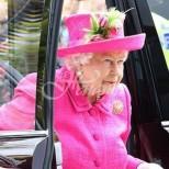 Близките на Елизабет II притеснени заради това, коет се случва с кралицата