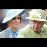 Снимките на Кейт, които възмутиха кралицата и как Елизабет Втора я наказа (Снимки):