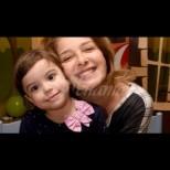 Малката внучка на Катето Евро готви пълнени чушки за тати - вижте сладката кулинарка (Снимки):