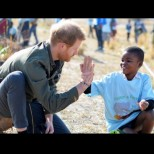 Принц Хари с разтърсващи разкрития за майка си, принцеса Даяна!