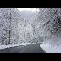Зимата иде! Сняг заваля!