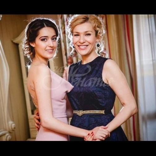Дъщерята на Гала се похвали с пръстен с камък - ще изпреварили майка си и Стефан? (Снимка):