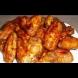 Пека ги с маринатата - стават и сочни, и крехки, а месцето се разпада от кокъла. Божествени крилца на фурна: