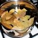 Как да слагате правилно дафинов лист в ястията и да не горчи-Няма друга подправка и билка с такъв колосален лечебен ефект