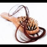 Какво издават космите по четката за здравето ни - 5 възможни причини за косопада: